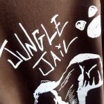 JUNGLE JAIL LINEA T-SHIRT